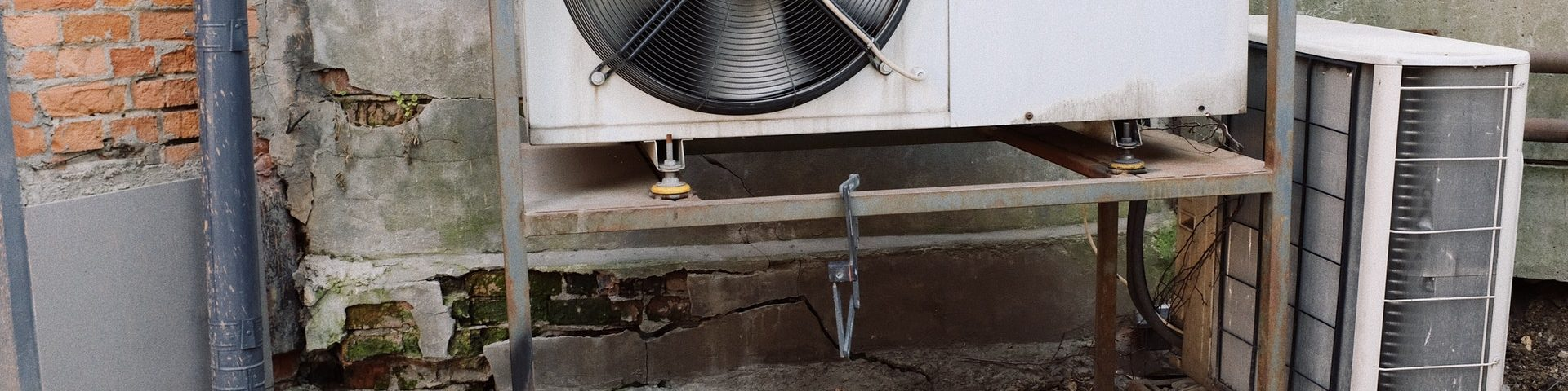 5 Care Tips for Keeping a Commercial HVAC Unit in Working Condition